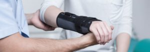 wrist dislocation treatment