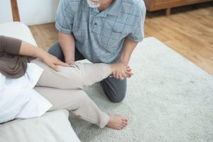 Ankle Pain: 3 Common Causes and Remedies