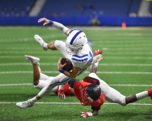 4 Shoulder Injuries Commonly Found in Football Players
